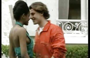 सुंदर सेक्सी हिंदी मूवी फिल्म वीडियो स्तन के साथ लड़की