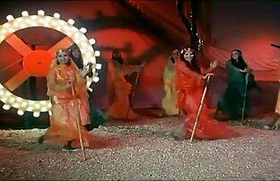 डबल हार्डी तला हुआ अधिकारियों एक मुर्गा हिंदी मूवी फिल्म सेक्सी